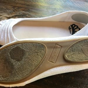 Fergalicious Shoes - Fergalicious.  White woven flats. 8